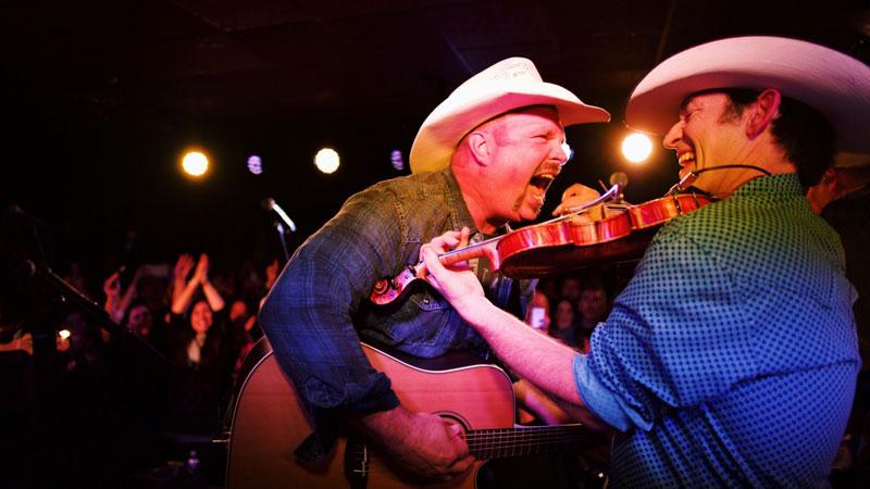 It Was A Boot Stompin' Good Time At Garth Brooks' Sixth DIVE BAR Concert  At Prospectors In Mt. Laurel, NJ