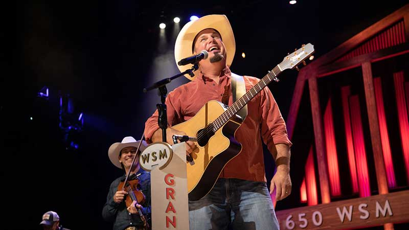 GARTH DELIVERS UNPRECEDENTED ENCORE AT GRAND OLE OPRY