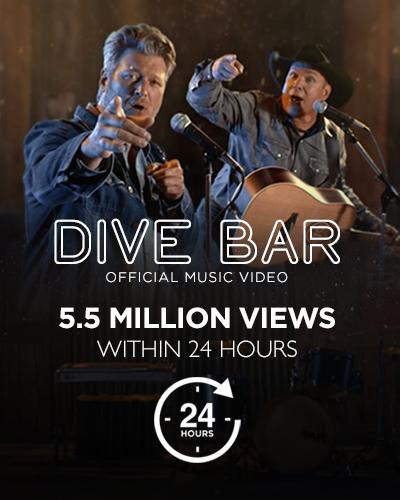 Dive Bar feat. Blake Shelton